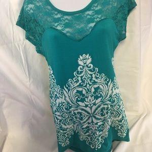 Vocal lace top shirt